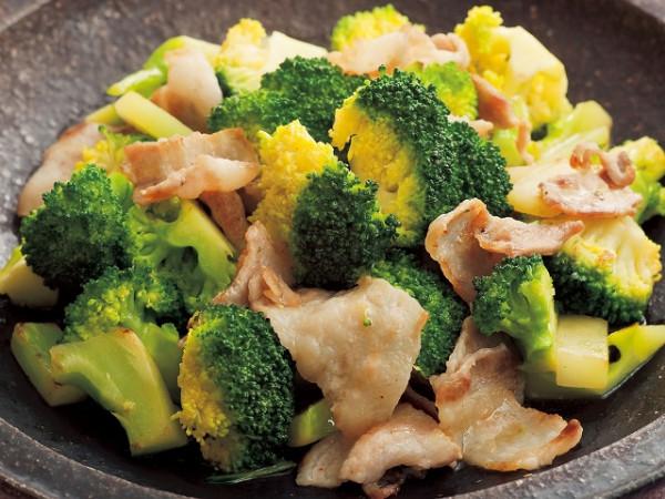 Thịt heo (ba chỉ) xào bông cải xanh